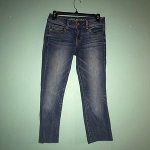 Cropped American Eagle Jeans